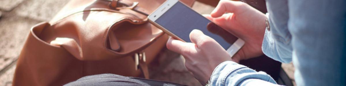 Få en SMS hvis bogbussen er aflyst