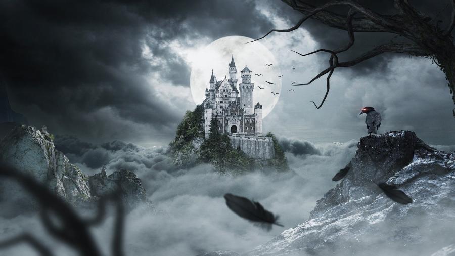 Billede af et slot ved fuldmåne